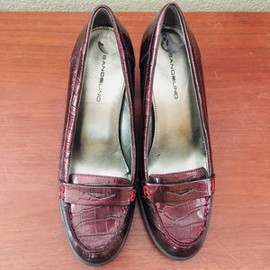 Retro Loafer-Style Pumps
